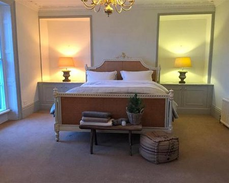 One of the bedrooms at Cotswold House in Moreton In Marsh