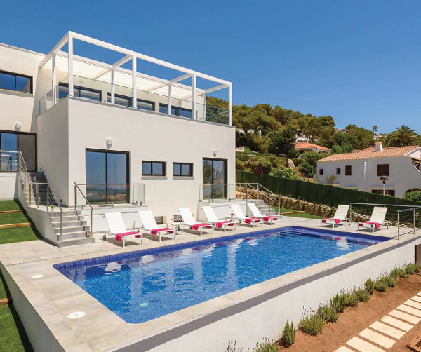 Villa Dolce Vita in Son Bou, on Menorca's west coast, sleeps 10 people in 5 bedrooms